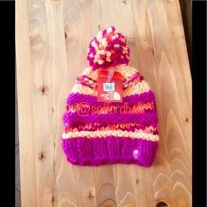 🏂NWT North Face Nanny Beanie Hand Knit Hat Pom Po